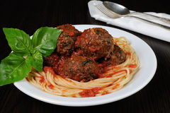 Meatballs in tomato sauce with spaghetti Royalty Free Stock Photos