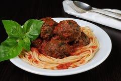 Meatballs in tomato sauce with spaghetti Royalty Free Stock Photos