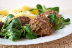 Meatballs With Mashed Potatos Stock Images
