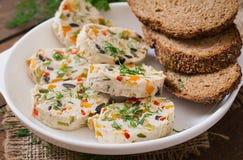 Meatloaf κοτόπουλου σάντουιτς με τα λαχανικά Στοκ Εικόνες