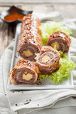 Meatloaf при сыр обернутый в беконе суши бекона Стоковое Фото