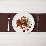 Meatloaf em uma placa Fotos de Stock Royalty Free