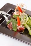 Meatrullar med sallad Royaltyfri Fotografi