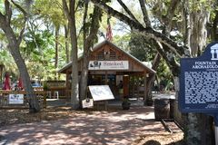 Smoked BBQ Restaurant, St. Augustine, Florida. With meats & produce sourced from local farmers like Black Hog Farm and Congaree and Penn, Smoked. Southern BBQ stock photo