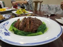 Meaty platta arkivfoton