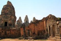 Висок восточное Mebon в Angkor Стоковое Изображение RF