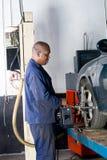 Mecánico woking Imagenes de archivo