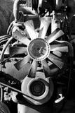 Mecánicos de un motor Fotografía de archivo libre de regalías