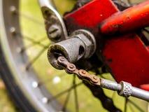 Mecanismo de engranaje británico del eje de la bicicleta del vintage - en color foto de archivo