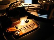 Mecanismo impulsor de disco duro adentro Foto de archivo libre de regalías