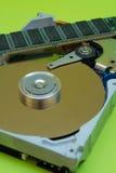Mecanismo impulsor de disco duro - RAM Imagenes de archivo