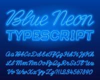 Mecanografiado de neón azul Minúscula azul del color y letras y números brillantes mayúsculos stock de ilustración