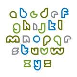 Mecanografiado redondeado inusual claro, letras minúsculas coloridas ilustración del vector