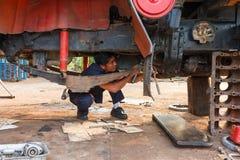 Meccanico di automobile professionista fotografia stock