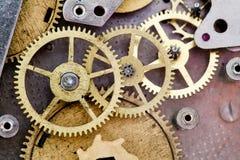 Meccanismo d'annata dell'orologio con gli ingranaggi Fotografia Stock