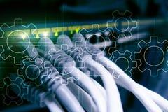 Meccanismo di ingranaggi, trasformazione digitale, integrazione di dati e concetto di tecnologia digitale fotografia stock libera da diritti