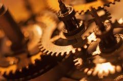 Meccanismo e dettagli di vecchio retro primo piano dell'orologio Immagini Stock Libere da Diritti