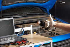 Mechanic  hand show thumbup Royalty Free Stock Image