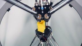 Mechaniczna ręka fabrykuje 3D protestuje dla przemysłowej fabryki 4K zbiory wideo