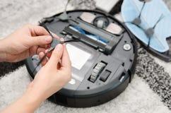 Mechaniczny próżniowego cleaner utrzymanie Zdjęcia Royalty Free