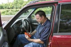 Mechanik Używa usterka kodu przeszukiwacz Zdjęcie Royalty Free