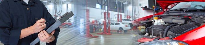 mechanika samochodowego zdjęcie royalty free