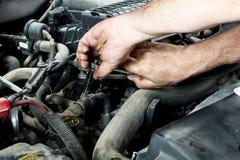 Mechaniker mit Hilfsmitteln Lizenzfreies Stockbild