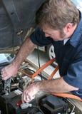 Mechaniker u. Überbrücker-Seilzüge Stockbild