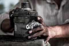 Mechanikerreinigungs-Automotor Lizenzfreie Stockfotos