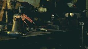 Mechanikerwerkstatt Autoservice stock footage