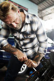 Mechanisch Screwdriver Fixing Garage-Concept royalty-vrije stock foto's