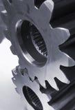 Mechanische Teile in Schwarzem/im Weiß Stockfotos