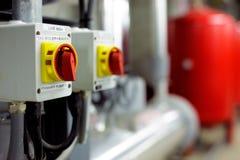 Mechanische und elektrische Haustechnikräume Stockfotos