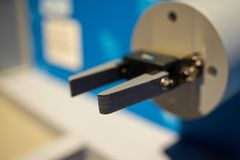 Mechanischer Roboterder schere Abschluss oben stockbild