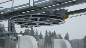 Mechanismus des Skiaufzugs stock video footage