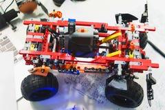 Mechatronics van de Lego technische aannemer broodplank royalty-vrije stock afbeeldingen