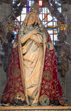 Mechele - высекаенная статуя дамы скорбы в пальто в церков наша дама через de Dyle стоковое изображение rf