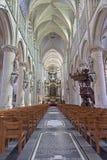 Mechelen - церковь наша дама через de Dyle стоковые изображения