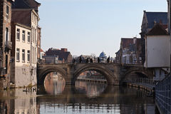 Mechelen - cidade velha em Bélgica Fotos de Stock