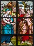 Mechelen - Espousals maryja dziewica i st Joseph scena od windowpane w st Johns Janskerk lub kościół fotografia stock