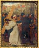 Mechelen - Jésus et Veronica. Pièce le cycle croisé de manière. du cent 19. dans l'église du n-Hanswijkbasiliek Onze-Lieve-Vrouw-v photos libres de droits