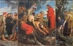 Mechelen - le triptyque de pêche de miracle (1618) par Peter Paul Rubens dans l'église notre Madame à travers de Dyle image libre de droits