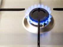 Mechero de gas encendido fotografía de archivo