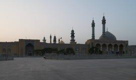 Meczet w Qom Wschód słońca w Iran obraz royalty free