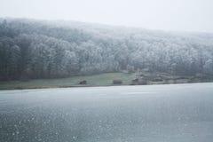 Med is sjö Arkivfoton