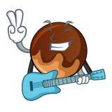 Med tecknade filmen för maskot för gitarrchokladmunk stock illustrationer