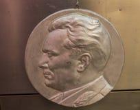 Medaglia con Josip Broz Tito fotografie stock