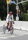 Medaglia d'oro Nestor Ayala nella corsa di strada mista T1-2 ai giochi di ParaPan - Toronto 8 agosto 2015 immagini stock