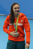 Medagliato di argento Katinka Hosszu dell'Ungheria durante la cerimonia della medaglia dopo dorso del ` s 200m delle donne di Rio Fotografia Stock