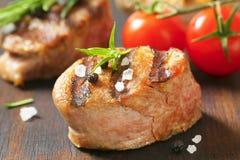 Medaglione arrostito della carne di maiale immagini stock